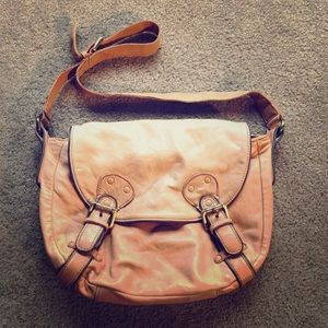 OLD GRINGO Butter Soft Tan Leather Purse Bag